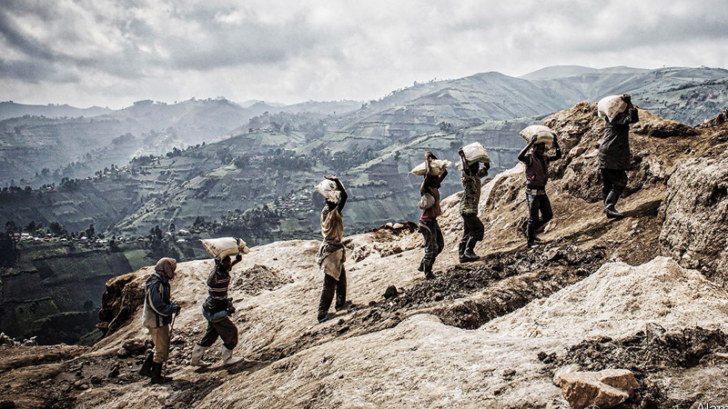 American Rules make it hard for Congo's miners to remail legal.